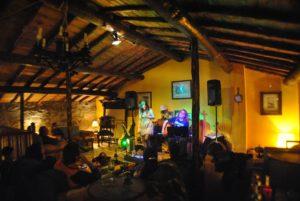 la trocha musica en vivo Ávila